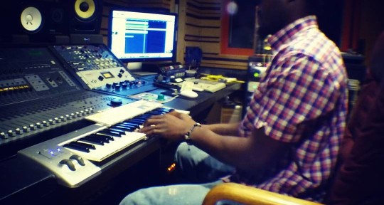 Recording Studio/AudioEngineer - Doc Phenom