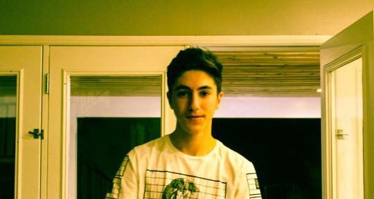 20 year old DJ/Producer - Raz Davidov