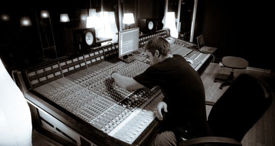 Music Producer/Mixer/Engineer - Nathan Sheehy