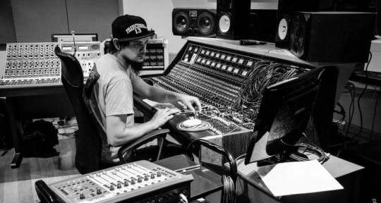 mixing engineer - Jero Olivera