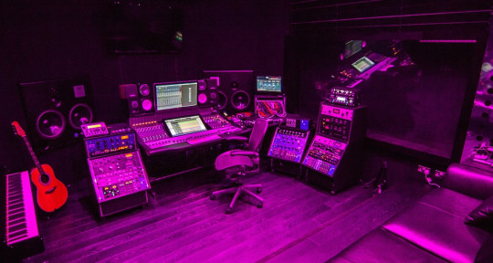 Recording Studio - Oscillate Recordings