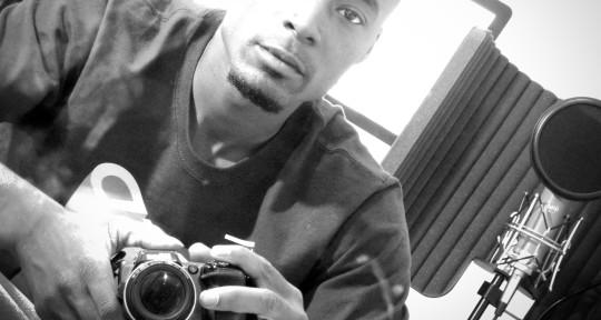 Songwriter / Vocalist - Radio Jones
