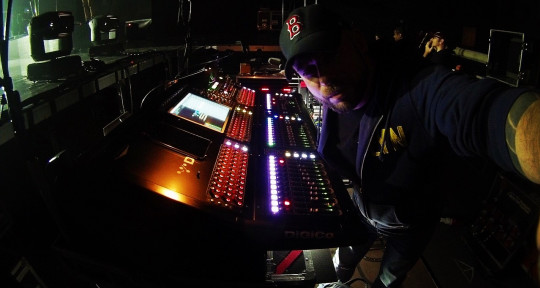 Live Sound Engineer - Johan Milet