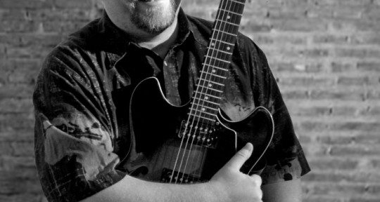 Session Guitarist/Vocalist - Mike Crutcher