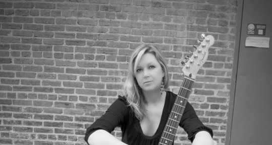 vox-guitar-piano-songwriter - Maryjo Mattea