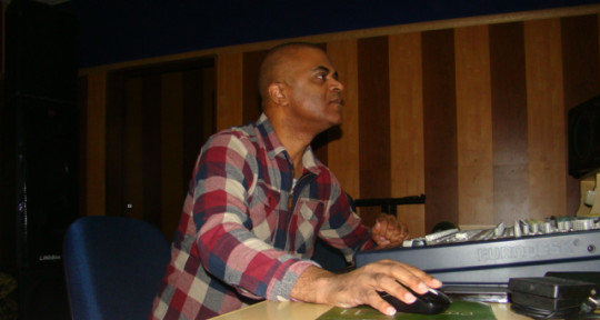 Music Producer - Ronaldo Camilo