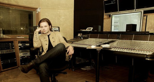 Photo of Maciej Bąk / RetroVibe Studio