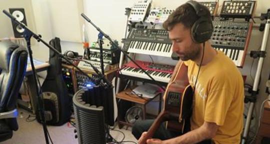 Session Guitarist - Josh Geffin