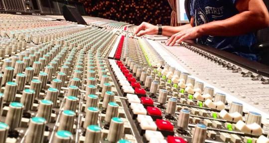 Audio engineer, Music Producer - Javonnii