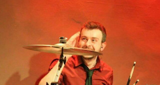 Session Drummer & Percussion - Matt White