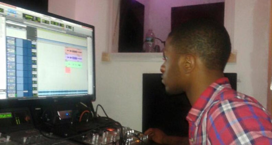 "Recording Engineer  - Kendal""StuntTheProducer""Justin"