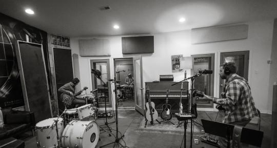 Professional Recording Studio - Oranjudio Recording