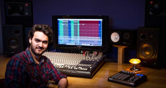 Vocal producer - IZO