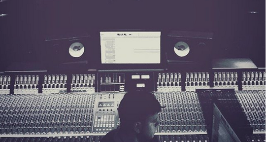 Tracking & Mixing Engineer - Sean Klein