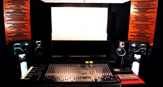 Recording Studio - Goldfingers Studio