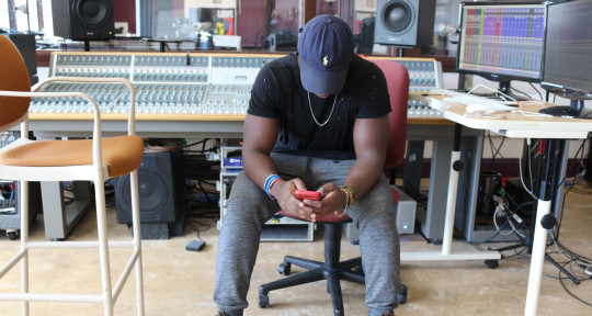 I make songs sound pro - Sirchimez