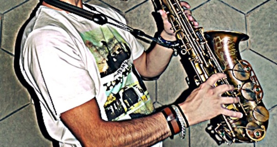 SESSION AND DIRECT SAXOPHONIST - SERGIO FELIÚ
