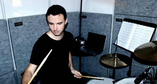 Session Drummer - Russell Keeble