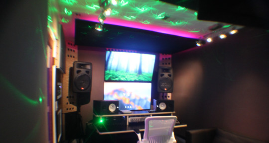 Recording/Photo Studio - Hits & History Ent.