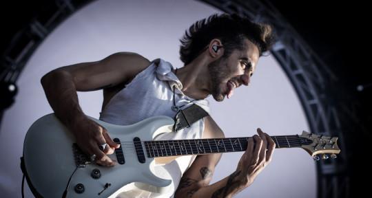 Platinum-selling Guitarist - Dru DeCaro