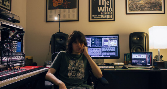 Session Musician & Producer  - Alexis Sackl