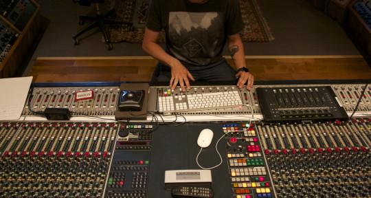 Remote Mixing & Mastering - Morten Østerkjerhuus