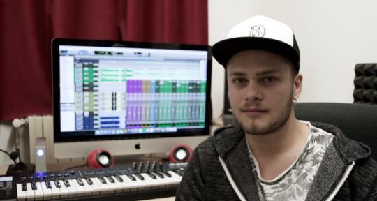 Record & Mixing Engineer  - Jarno Bellasio