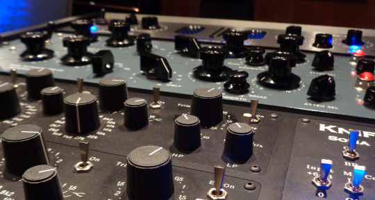 Photo of Mark Robinson MASTERING