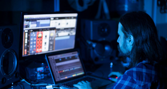Mixing and Mastering engineer - Dmitry Returns