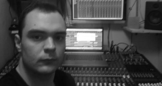 Music Producer & Engineer - Bendegúz Rendes
