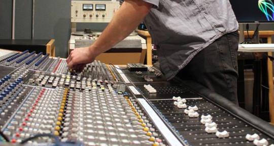 Audio Producer/ Engineer - Eli Louis Productions