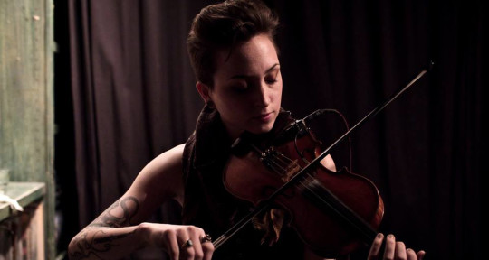 Violinist - Ellie Goodman