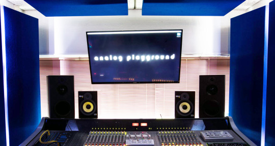 Mixing Engineer, Record Label - The Analog Playground