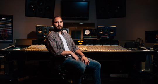 Producer & Mixing Engineer - Kris Crawford