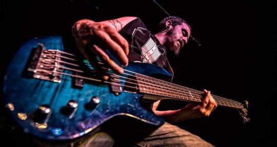 Bass player session/live - BSullivan