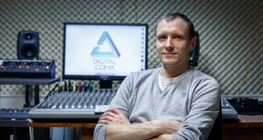 Sound engineer/Music Producer - Andy Malex