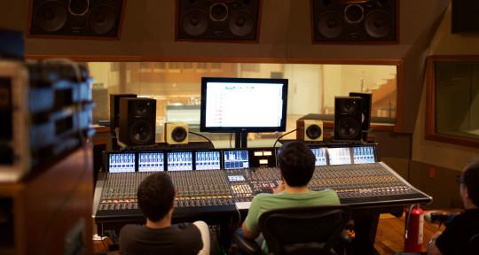 Photo of LA Mixing