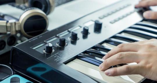 music producer , mix master - nan ray