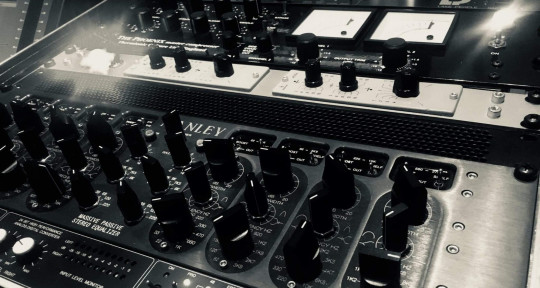 High End Mastering - Happy Mastering
