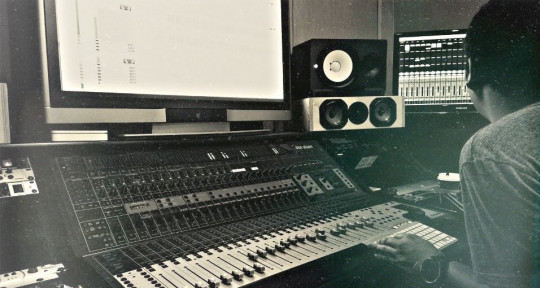 Worldwide Mixing & Production  - MixedbyIrving