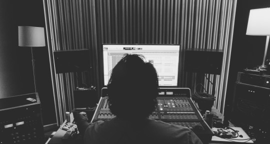 Recording & Mixing Engineer  - Ricardo Acasuso
