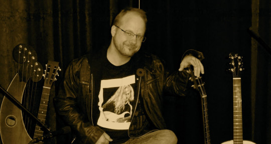 Acoustic Guitar Mixologist - Wayne Janssen