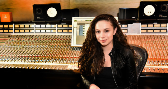 Vocal Producer - Simone Torres
