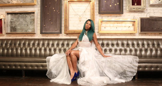 Singer/Songwriter - Mila Jam