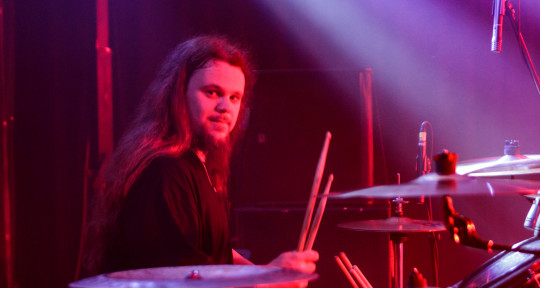 Session Drummer - Jonas Schütz