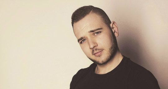 Music Producer, Remixer, Artis - Gino G