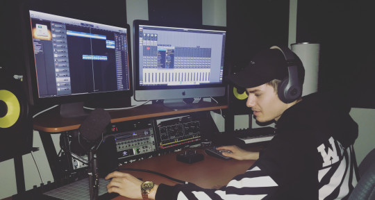 Music Producer - Shoey Smüth