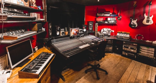 Recording and Mix Studio - The Crypt Studio