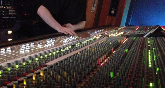 Mixing | Recording | Producing - Mikey Canzonetta