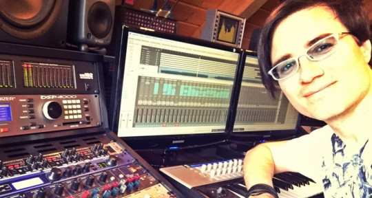 Techno & Electronic Music Pro. - Eric Sneo